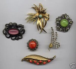 buying now !!!..... costume jewelry from the 80's & older , ....