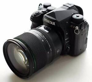 Pentax K-1 with 24-70mm F2.8 mint condition Melbourne CBD Melbourne City Preview