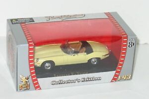 Road Signature 1:43 1971 Jaguar E-Type MIB Yellow XKE