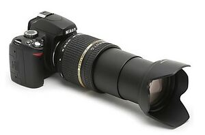 Nikon D5200 DSLR Camera with Tamron Auto Focus 18-270mm Lense