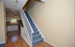 Detached House for Sale in Cambridge!! Cambridge Kitchener Area image 2