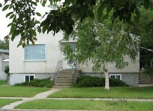 $625 - One bed  suite with great South side Location 513 23st S