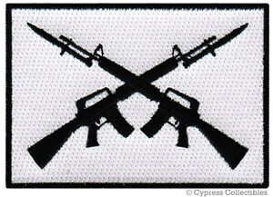 AR15-GUN-BIKER-PATCH-embroidered-iron-on-ASSAULT-RIFLE-FLAG-M16-BAYONET-MILITARY