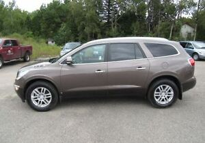 2008 Buick Enclave SUV - LOADED, LOW KM, WINTER TIRES INCL