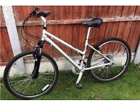 Dawes hybrid ladies bike