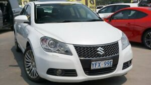 2010 Suzuki Kizashi FR XLS White 6 Speed Constant Variable Sedan Phillip Woden Valley Preview