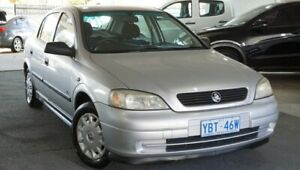 2000 Holden Astra TS City Silver 5 Speed Manual Sedan Pearce Woden Valley Preview