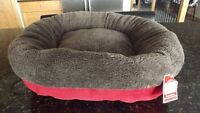 New Soft and Cozy 20 ins Round Bolster Pet Bed
