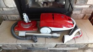 6 Month Old 12amp Kenmore True HEPA Red Cannister Vacuum