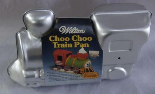 choo-choo-train-cake-pan-from-wilton-2861-1.JPG