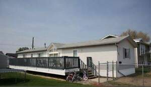 Move in ready modular home!