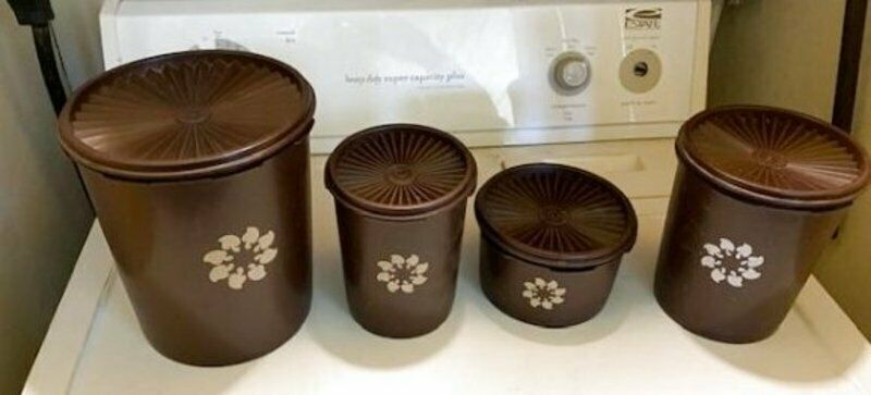 Tupperware Brown 8 Piece Vintage Canister Set Servalier Containers Wheat