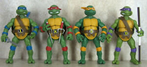 BNIB - Teenage Mutant Ninja Turtles Classic Collection Set