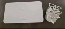 Sky Q WiFi Booster Model SE210