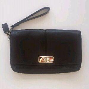 BRAND NEW Coach Turnlock Clutch Handbag