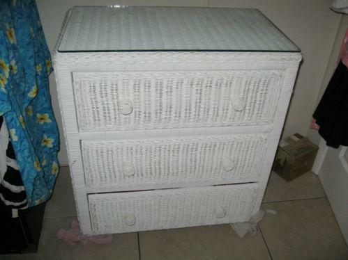 Used White Wicker Furniture