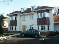 2 bedroom flat in Westbourne, BH4