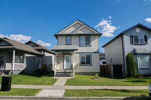 PRIME LOCATION HOUSE ON RENT IN SILVERBERRY !!!!