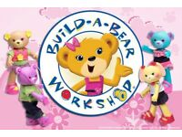 !! LOOKING FOR BUILD A BEAR GIRLIE OUTFITS, SHOES AND ACCESSORIES !!