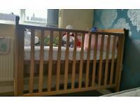 Mamas an papas cot bed