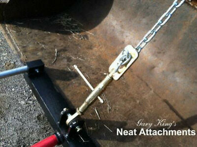 "Loader Bucket Hay Bale Spear Attachment with 1 x 43"" Prong"