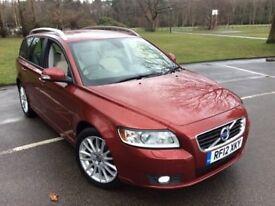 Volvo V50 2.0 D3 (150 ps) SE Lux Sportswagon (red) 2012
