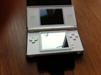 Nintendo DS white with 5 games