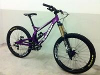 TRANSITION TR250 DOWNHILL/FREERIDE BIKE . 2015 MODEL , DECENT SPEC FOX KASHIMA, SHIMANO SAINT ETC
