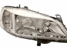 New Right-Hand (Driver Side) '98 - '04 Headlight for Astra TS Balcatta Stirling Area Preview