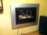 Electric Fireplace / Heater