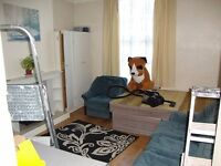 *BCH* Large Studio flat located in EDGBASTON, MONUMENT ROAD! 2 mins from Hagley Road