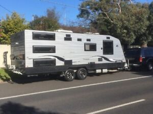 LUXURY CARAVAN FOR HIRE - Bentleigh