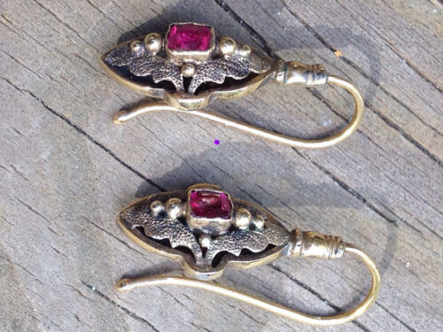 Antique Victorian 15k carat yellow white gold earrings