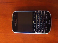Blackberry Bold 9900 Mobile Phone-Black unlocked