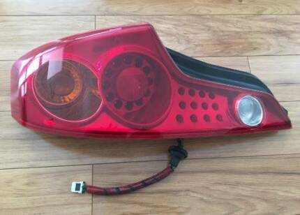 Nissan Skyline v35 /Infiniti G35 Tail Light Left Shelley Canning Area Preview