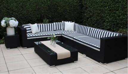 WICKER OUTDOOR LOUNGE SETTING,MULTI CONFIGURATION,EUROPEAN STYLED