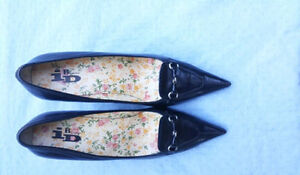 Women's Leather Shoes size 10 and 11