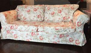 Divan lit divan et futon dans ville de montr al for Housse futon montreal