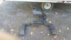 Various parts off a 2004 Chevy avalanche Kingston Kingston Area image 4