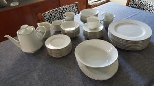 China Dinner Service for Eight