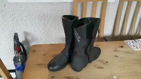 Motor bike boots (Frank Thomas)
