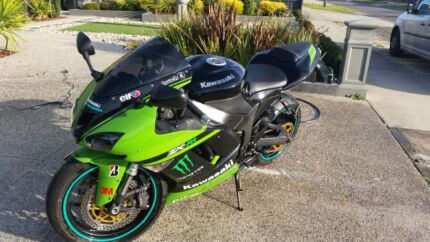 2008 kawasaki ZXR600 or extra accessories  Hillside 3037 Melton Area Preview