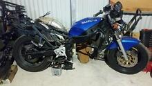 GSX750F 1990. CHEAP BUT DISSASSEMBLED Balhannah Adelaide Hills Preview