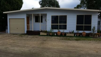 Cabin ideal holiday home or retirement  Belmont Geelong City Preview