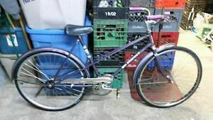 Vélo vintage ccm esprit mauve 1 vitesse roues 26po cadre 20po