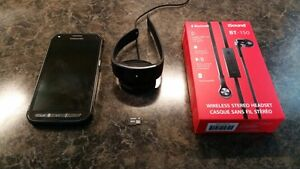 Samsung S5 Active/Samsung Gear Fit2/Bluetooth Earbuds Package