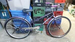Vélo single speed ccm mauve roues 26po cadre 20po