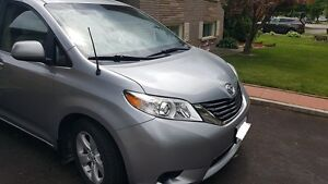 Toyota Sienna LE 8 Seat,No accidents,dealer serviced,winter tire