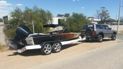 Ski boat 19f connelly  Swan Hill Swan Hill Area Preview