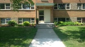 $750 + Hydro   1BED/1BATH NEWLY RENOVATED GORGEOUS APARTMENT-AVA